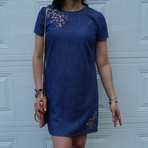 Abercrombie & Fitch denim shift dress EUC